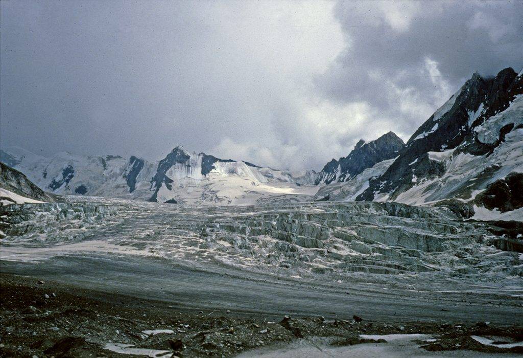 Crossing Batkol glacier, Kanital to Donara, Jammu and Kashmir 1978 - Tim Trompeter