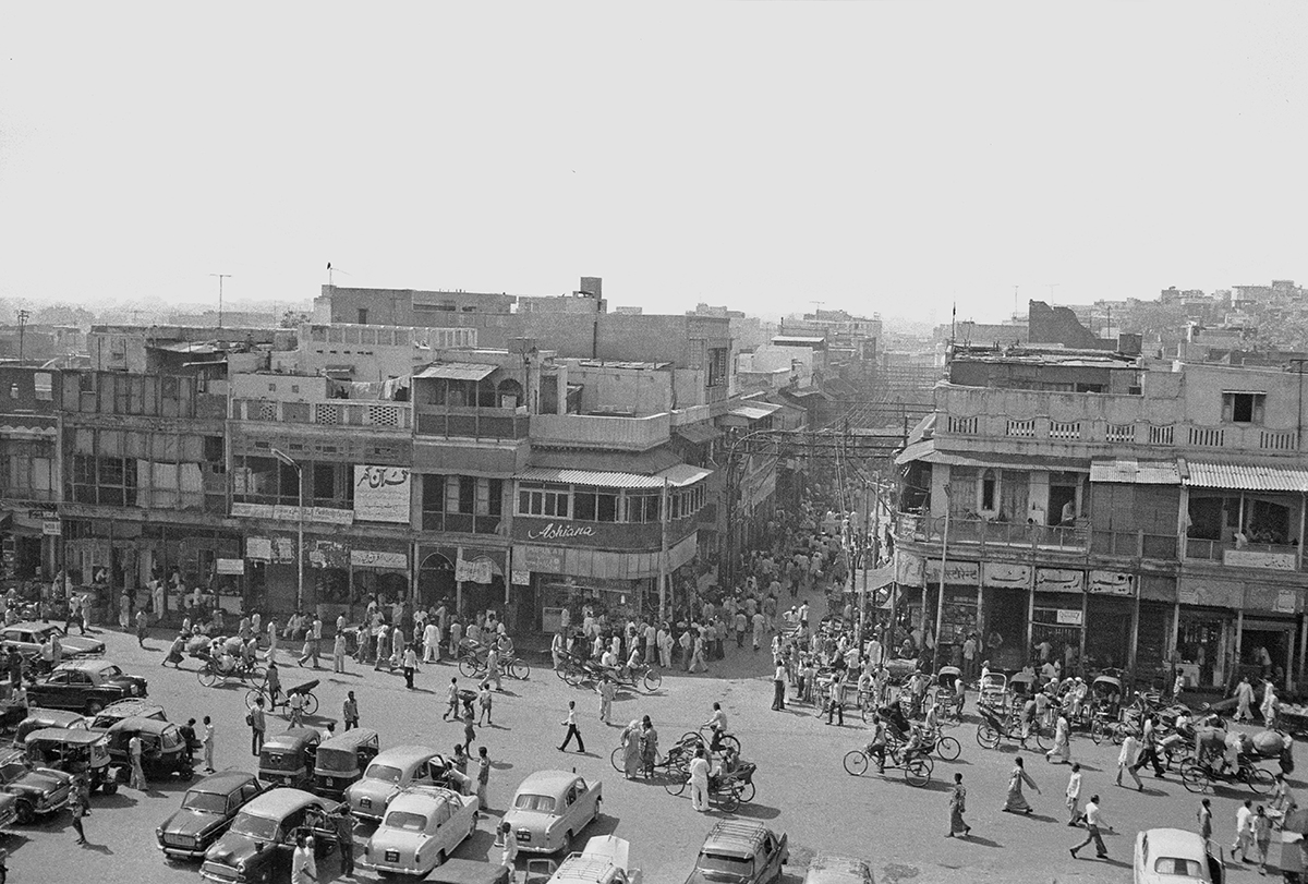 Old Delhi, Urdu Bazaar photographed from the minaret of the Jama Masjid 1978 - Tim Trompeter